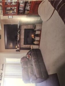 3 bedroom townhouse / condo for rent collingwood