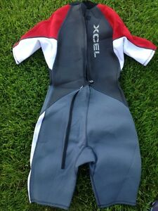 Body Glove Wet Suit