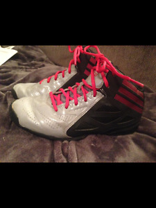 Boys ADIDAS High Top Basketball Sneakers Shoes size 4 1/2 Youth