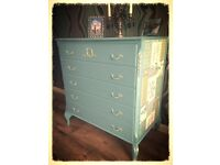 Shabby chic chest of drawers and triple mirror