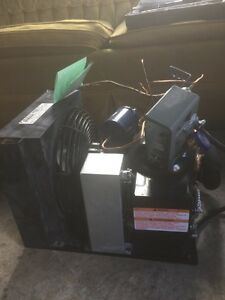 Compresseur pour frigo ou chambre froide