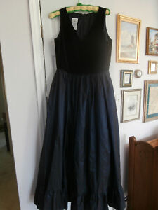 NEW LAURA ASHLEY NAVY VELVET SILK DRESS