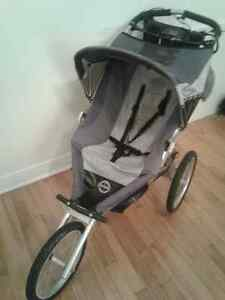 Poussette The Running Room stroller trois roues 3 wheels