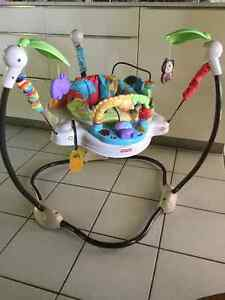 Fisher Price jumperoo Luvuzoo - soucoupe