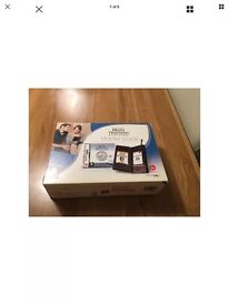 Nintendo ds lite console boxed used only twice