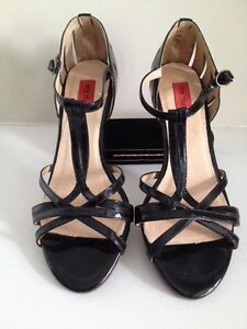 c8b97b09ef5 Miz Mooz Black Patent Leather Shoes - Size 6