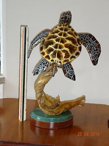 Green Sea Turtle - realistic wood carving