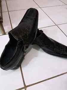 Dress shoes black - size 8-9