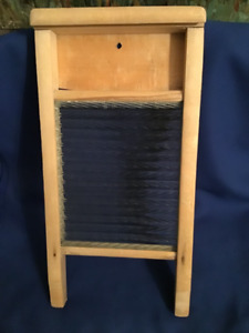 1950's Wooden Washboard Glass insert small 17""