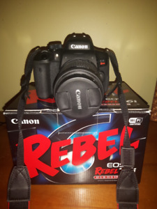 Canon EOS Rebel T6i EF-S 18-55MM IS STM kit Wi-Fi