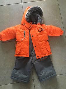 Osh kosh boys snow suit size 12 month