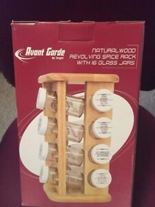 Natural Wood Revolving Spice Rack w/ 16 Glass Jars New