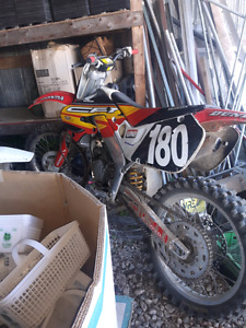 Clean 1998 honda cr 125