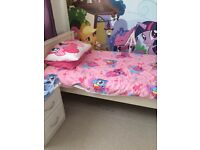SINGLE BED & TRUNDLE & MATTRESS