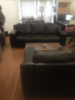 Lovely Leather Sofa and Chair Set - Great Condtion