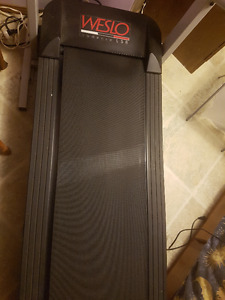 Weslo Cadence LS8 Folding Treadmill For Sale