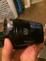 T200 HP Full HD Camcorder