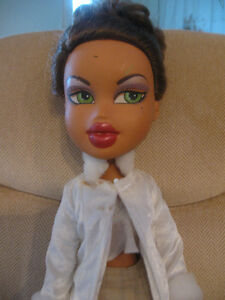 TM R&C 2003 MGA DROP-DEAD GORGEOUS ELEGANT COLLECTOR'S DOLL