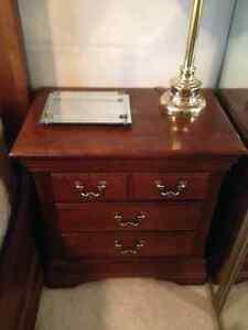 Beautiful 5-piece antique bedroom set for sale! Edmonton Edmonton Area image 4