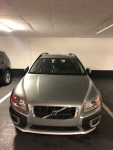 2009 Volvo XC70 *AWD* Leather * Comes W/ Winter Tires!