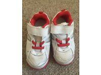 Boys Nike trainers size 7