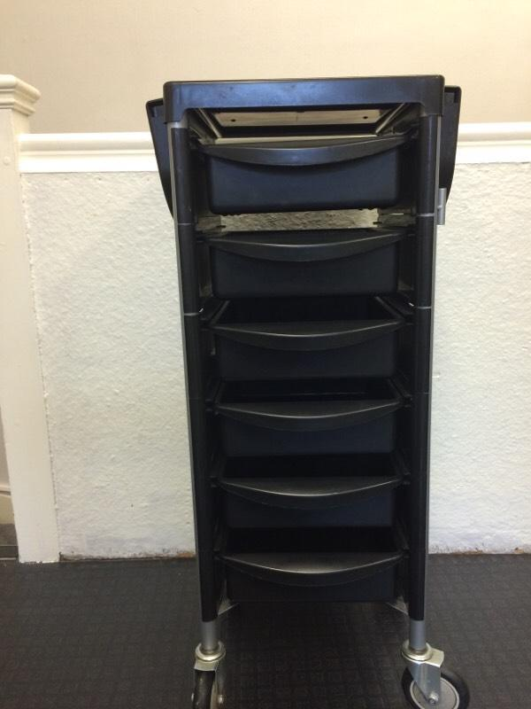 Hair salon trolley in palmers green london gumtree for A salon palmers green