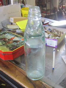 1910 ENGLISH CODD STOPPER GLASS WITH MARBLE SODA BOTTLE $20