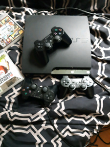 Ps3 120 GB with 3 controllers and 4 games