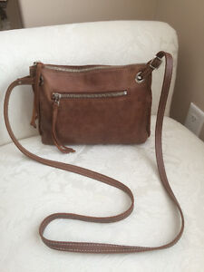 Roots Leather Edie Bag