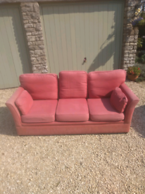 3 seat sofa - Free to collect.