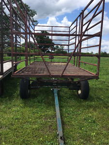 Steel Thrower Hay Wagon with Steel Racks / other Wagons/Elevator
