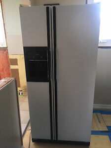 Kenmore Side by Side Fridge and Freezer