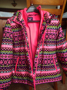 Girls winter jacket size 14 in excellent conditions