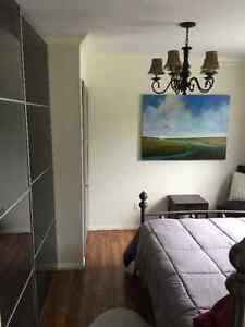 CLASSY, COZY, ONE-BEDROOM, FULLY-FURNISHED APARTMENT IN CENTRE Edmonton Edmonton Area image 5