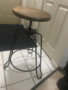2x Adjustable Bar Stools