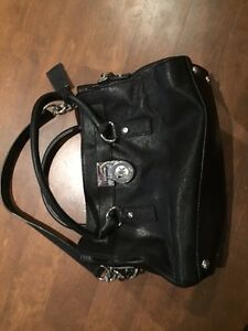 Sac à main Michael KORS - 150$