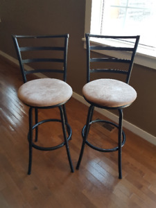 2 Bar Stool Chairs