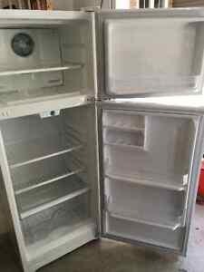 Diplomat Refrigerator Peterborough Peterborough Area image 2