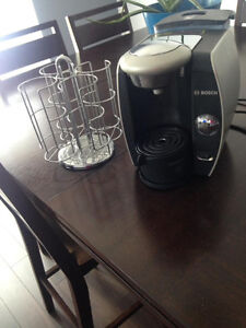 TASSIMO COFFEE MAKER WITH POD HOLDER