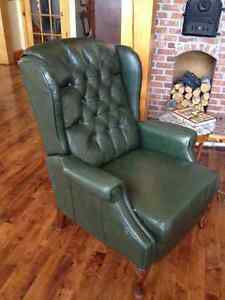 Wing back leather reclining chair