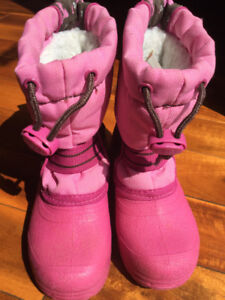 Girls toddler winter boots - size 7