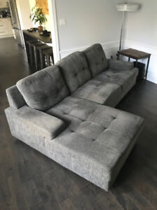 "Modern Sectional Sofa & Chaise - Dark Grey 102"" x 62"""