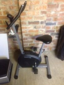 Magnetic exercise bike indoor