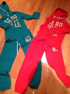 Aeropostale Sweatshirt & Pants London Ontario image 1