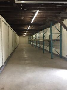 1600 sqft WAREHOUSE for RENT now. Downtown,$1000monthly