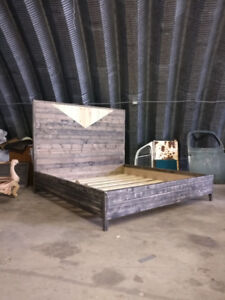 NEW Wood Bed - Size King