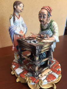 Figurine, Cobbler with a Little Girl
