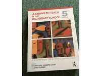 Learning to teach in the Secondary School 5th Edition