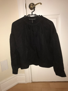 Brand new Zara women's blouse (size s)