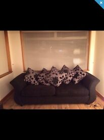Stunning As New 4 seater DFS suite - £400 (RRP £800)